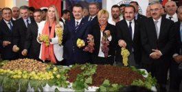 Meclis Başkanımız Nüvit Iğnak İzmir Ticaret Borsası'nda yapılan sezonun ilk çekirdeksiz üzüm ve kuru incir açık arttırma törenine katıldı.